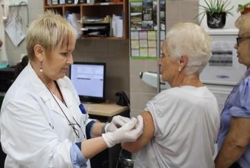 España se aleja de la cobertura de vacunación de la gripe que marca la OMS
