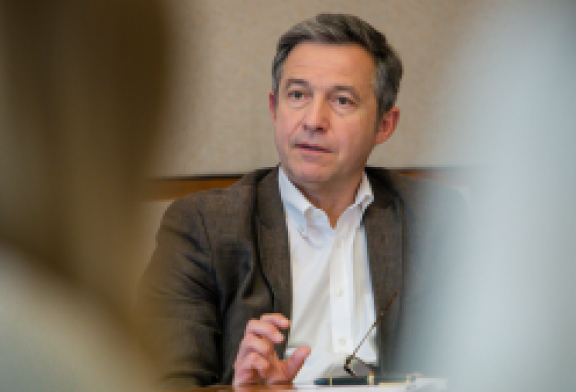 Una crisis de salud sin precedentes: Didier Fassin sobre la respuesta global a la pandemia de Covid