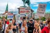 Ley de vacunación forzosa en Dinamarca abandonada después de protestas públicas